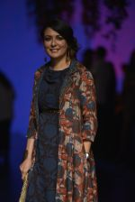 Mini Mathur at Anita Dongre Show at LIFW 2016 Day 3 on 1st April 2016 (38)_56ffb558e5fb6.JPG