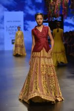Model walks for Anita Dongre Show at LIFW 2016 Day 3 on 1st April 2016 (632)_56ffb78df28bb.JPG