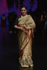 Poonam Sinha at Anita Dongre Show at LIFW 2016 Day 3 on 1st April 2016 (326)_56ffb4ff6ab74.JPG