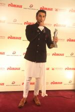 Ranveer Singh at Maharastrian award by Lokmat on 1st April 2016