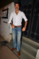 Sikander Kher snapped at NIDO on 1st April 2016 (14)_56ffac5412455.JPG