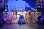 Sonakshi Sinha walks for Anita Dongre Show at LIFW 2016 Day 3 on 1st April 2016 (923)_56ffb56dd71f3.JPG