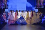 Sonakshi Sinha walks for Anita Dongre Show at LIFW 2016 Day 3 on 1st April 2016 (924)_56ffb56f0ae86.JPG