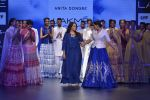 Sonakshi Sinha walks for Anita Dongre Show at LIFW 2016 Day 3 on 1st April 2016 (944)_56ffb58cf2835.JPG