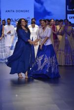 Sonakshi Sinha walks for Anita Dongre Show at LIFW 2016 Day 3 on 1st April 2016 (955)_56ffb59d2e8c3.JPG