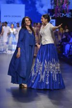 Sonakshi Sinha walks for Anita Dongre Show at LIFW 2016 Day 3 on 1st April 2016 (959)_56ffb5a64d5d6.JPG