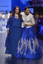 Sonakshi Sinha walks for Anita Dongre Show at LIFW 2016 Day 3 on 1st April 2016 (964)_56ffb5b02166a.JPG
