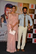 Sonam Kapoor, Anil Kapoor at Tulsi Kumar album launch on 1st April 2016 (60)_56ffaf10046b4.JPG