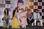Sonam Kapoor, Anil Kapoor, Bhushan Kumar, Tulsi Kumar at Tulsi Kumar album launch on 1st April 2016 (52)_56ffaf168970a.JPG