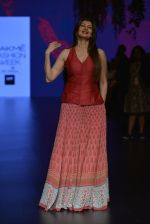at Anita Dongre Show at LIFW 2016 Day 3 on 1st April 2016 (191)_56ffb40dedd4a.JPG