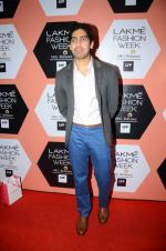 Ayan Mukerji on Day 4 at Lakme Fashion Week 2016 on 2nd April 2016 (171)_5701080b38cfd.JPG