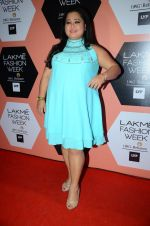 Bharti Singh on Day 4 at Lakme Fashion Week 2016 on 2nd April 2016 (117)_5701081d34078.JPG