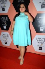 Bharti Singh on Day 4 at Lakme Fashion Week 2016 on 2nd April 2016 (118)_5701081e718df.JPG