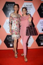 Mehr Jessia on Day 4 at Lakme Fashion Week 2016 on 2nd April 2016 (49)_57012f8872890.JPG