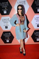 Nushrat Bharucha on Day 4 at Lakme Fashion Week 2016 on 2nd April 2016 (99)_57012fc3ccfb0.JPG