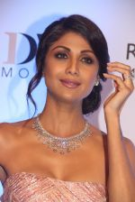 Shilpa Shetty at Knight Frank Event association with Anmol Jewellers in Mumbai on 2nd April 2016 (84)_5700c42bddd73.JPG