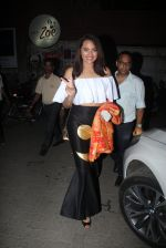 Sonakshi Sinha snapped leaving a club at Lower Parel on 2nd April 2016 (1)_5700c233891f3.JPG