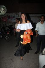Sonakshi Sinha snapped leaving a club at Lower Parel on 2nd April 2016 (10)_5700c24028a08.JPG