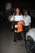 Sonakshi Sinha snapped leaving a club at Lower Parel on 2nd April 2016 (12)_5700c24379eed.JPG