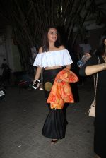 Sonakshi Sinha snapped leaving a club at Lower Parel on 2nd April 2016 (4)_5700c2379e9f4.JPG