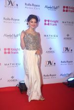Urvashi Rautela at Knight Frank Event association with Anmol Jewellers in Mumbai on 2nd April 2016 (34)_5700c4316df7f.JPG