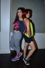 Pallavi Sharda at her Zumba dance routine class on 5th April 2016 (1)_5704ee1002ae0.JPG