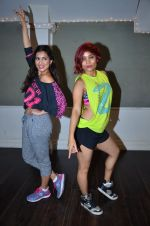 Pallavi Sharda at her Zumba dance routine class on 5th April 2016 (10)_5704ee1d03cb2.JPG