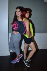 Pallavi Sharda at her Zumba dance routine class on 5th April 2016 (13)_5704ee24e9492.JPG
