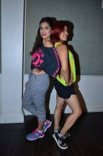Pallavi Sharda at her Zumba dance routine class on 5th April 2016 (14)_5704ee263dbb7.JPG