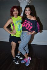 Pallavi Sharda at her Zumba dance routine class on 5th April 2016 (3)_5704ee164c6de.JPG