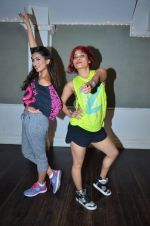 Pallavi Sharda at her Zumba dance routine class on 5th April 2016 (8)_5704ee1ac24ae.JPG