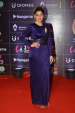 Kanika Kapoor at GIMA Awards 2016 on 6th April 2016