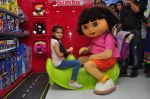 Ruhanika Dhawan  at Simba Toys Shop in Mumbai on 6th April 2016 (15)_57062dceb6e28.JPG