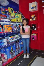 Ruhanika Dhawan  at Simba Toys Shop in Mumbai on 6th April 2016 (19)_57062dd162257.JPG