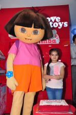 Ruhanika Dhawan  at Simba Toys Shop in Mumbai on 6th April 2016 (6)_57062dc7438b8.JPG