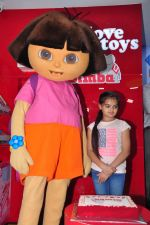 Ruhanika Dhawan  at Simba Toys Shop in Mumbai on 6th April 2016 (7)_57062dc83997c.JPG