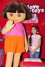 Ruhanika Dhawan  at Simba Toys Shop in Mumbai on 6th April 2016 (8)_57062dc907ca7.JPG