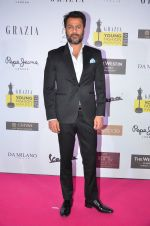 Abhishek Kapoor at Grazia Young Fashion Awards 2016 Red Carpet on 7th April 2016 (123)_5708e38874d28.JPG