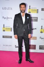 Abhishek Kapoor at Grazia Young Fashion Awards 2016 Red Carpet on 7th April 2016