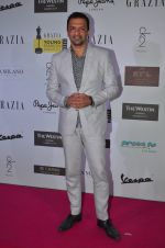 Atul Kasbekar at Grazia Young Fashion Awards 2016 Red Carpet on 7th April 2016 (151)_5708e424338aa.JPG