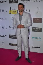 Atul Kasbekar at Grazia Young Fashion Awards 2016 Red Carpet on 7th April 2016 (150)_5708e423252bb.JPG