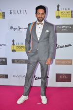 Ayushmann Khurrana at Grazia Young Fashion Awards 2016 Red Carpet on 7th April 2016 (162)_5708e4392da43.JPG