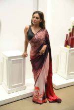 Gauri khan in delhi for satya paul on 8th April 2016 (1)_5708e0e912802.jpg