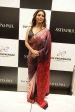 Gauri khan in delhi for satya paul on 8th April 2016 (11)_5708e0f350cab.jpg