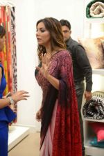 Gauri khan in delhi for satya paul on 8th April 2016 (13)_5708e0f52a2f8.jpg