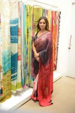 Gauri khan in delhi for satya paul on 8th April 2016 (17)_5708e0f8c0181.jpg