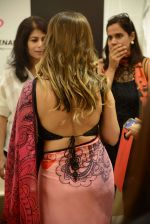 Gauri khan in delhi for satya paul on 8th April 2016 (29)_5708e104a84be.jpg