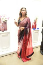Gauri khan in delhi for satya paul on 8th April 2016 (30)_5708e1059d14b.jpg