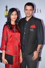 Nachiket Barve at Grazia Young Fashion Awards 2016 Red Carpet on 7th April 2016 (13)_5708e501bcfd9.JPG