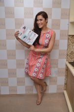 Rashmi Nigam at designer Ritika Bharwani preview on 7th April 2016 (75)_5708df8c49eb7.JPG